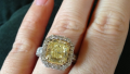 kelly-clarkson-engaged-engagement-ring