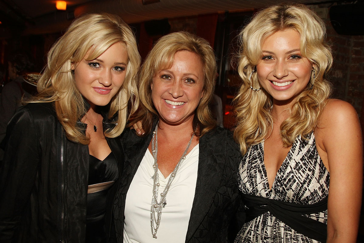 Amanda Michalka Sex aly and aj michalka's mother carrie's nude photos have