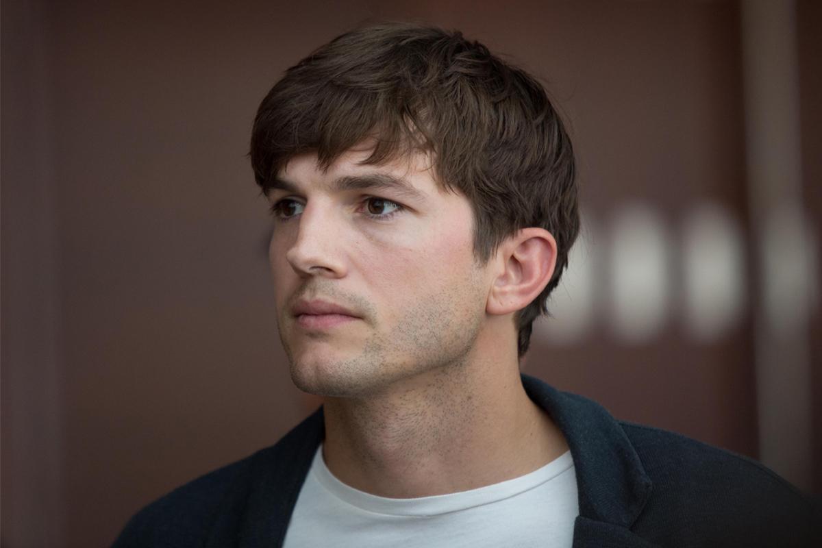 Ashton Kutcher's Gir...