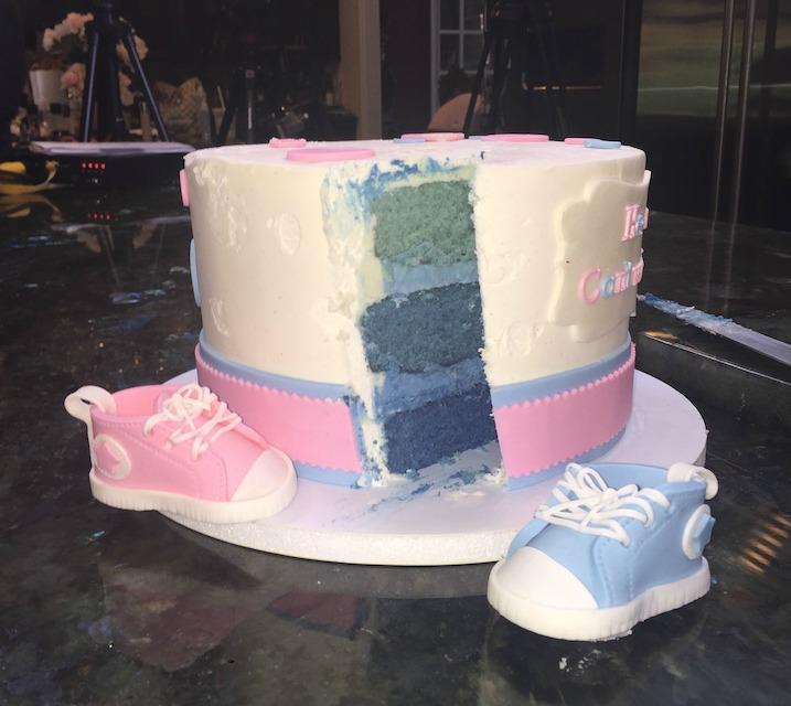 jwoww gender reveal cake