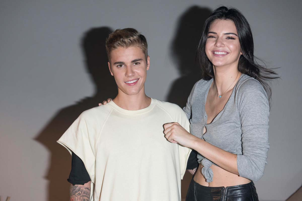Is justin bieber hookup someone right now
