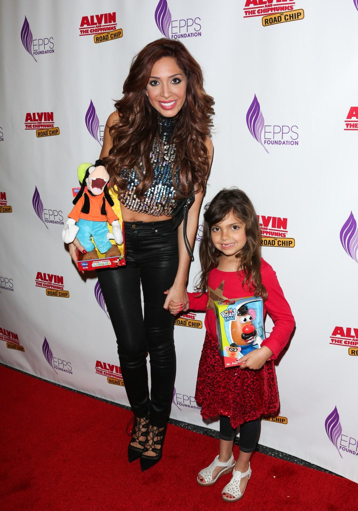 farrah abraham and daughter sophia laurent abraham december 2015 getty