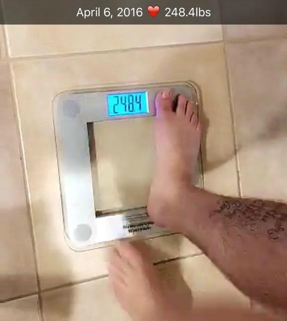 rob kardashian scale snapchat