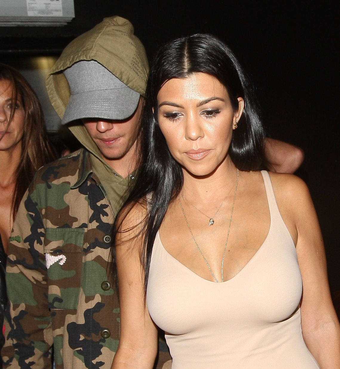 kourtney kardashian justin bieber splash
