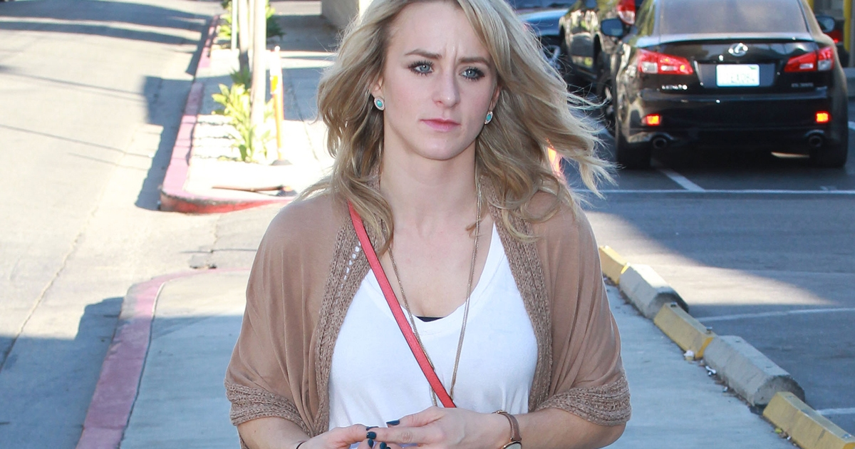 Leah Messer Shares A Snap With A Mystery Man