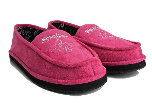 snoop dogg slippers crop