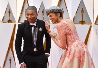 pharrell-williams-red-carpet-oscars
