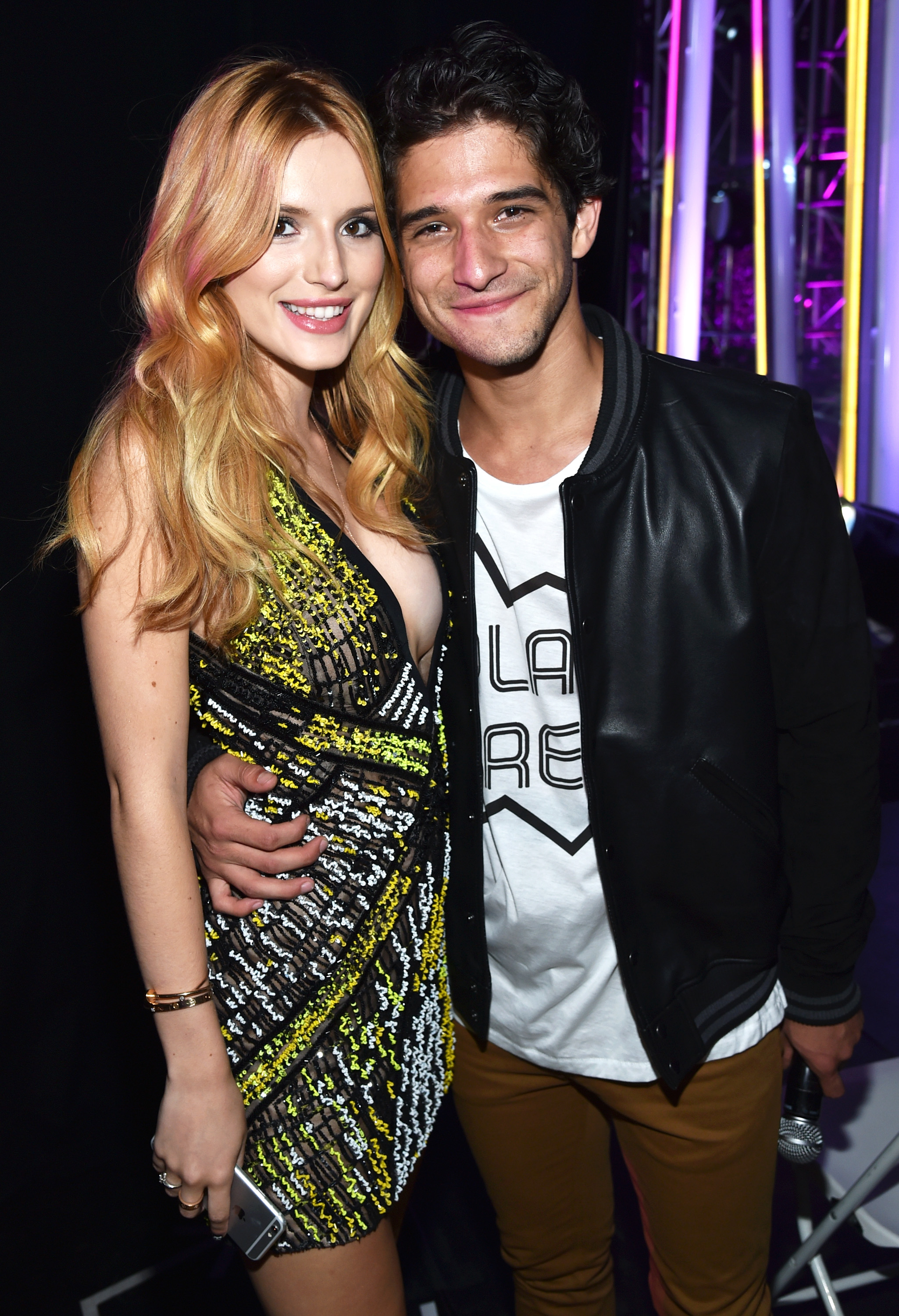 who is bella thorne dating now 2016
