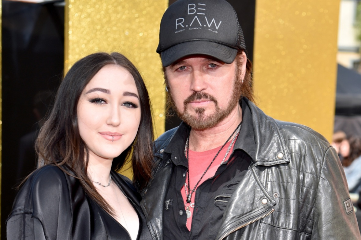 noah cyrus billy ray cyrus getty images