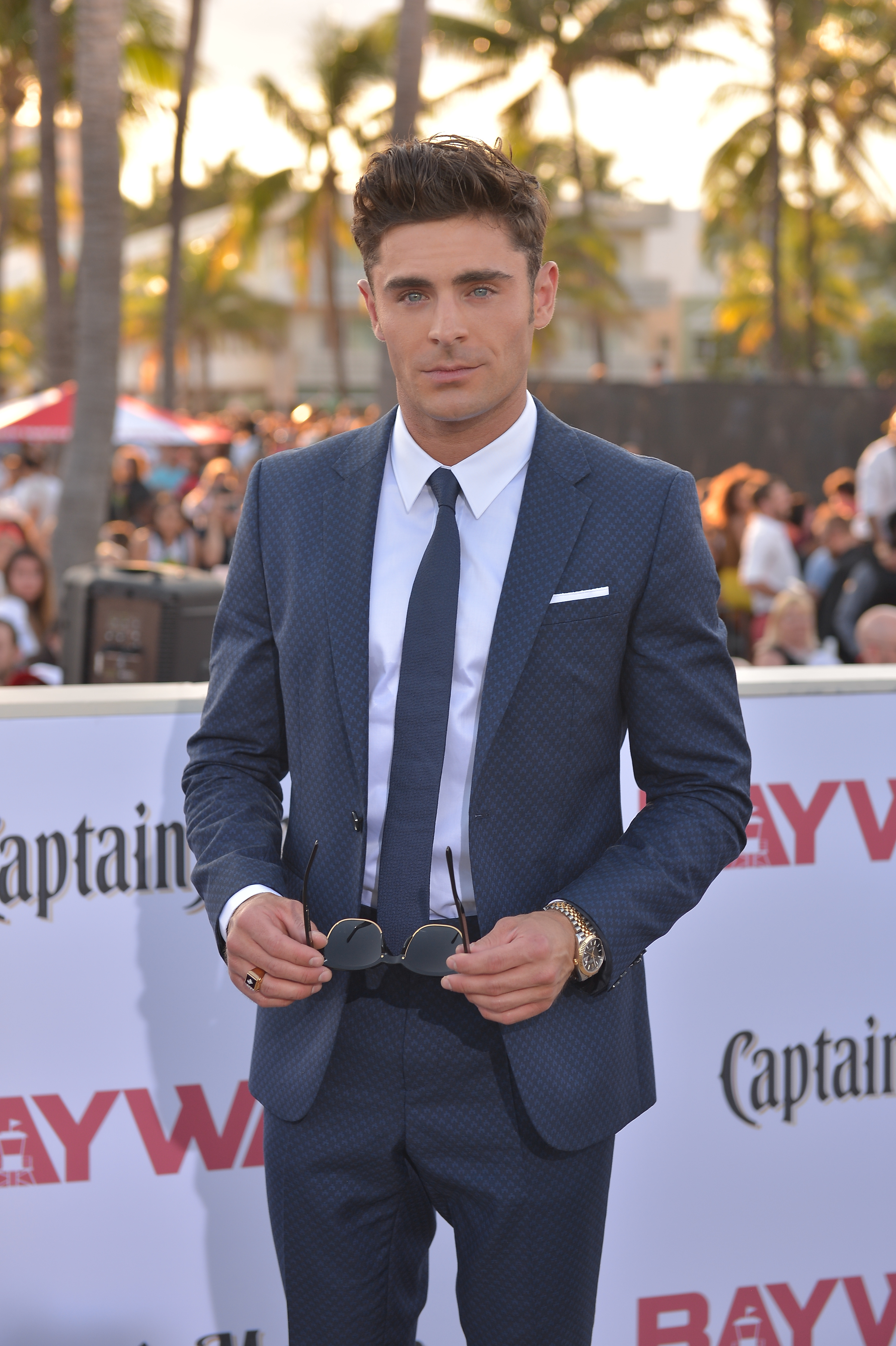 Zac Efron to Play Ted Bundy in 'Extremely Wicked ...
