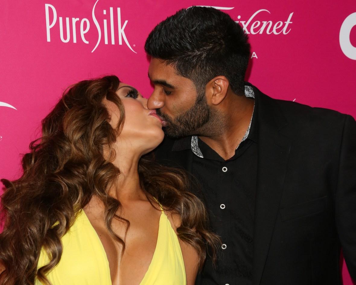 farrah abraham simon saran kissing
