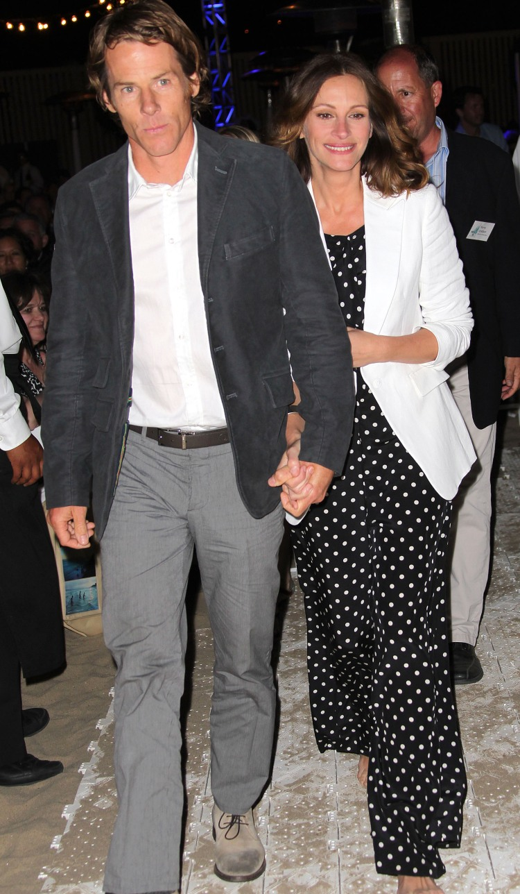 danny moder and julia roberts - getty