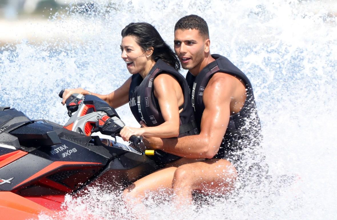 kourtney kardashian younes bendjima splash
