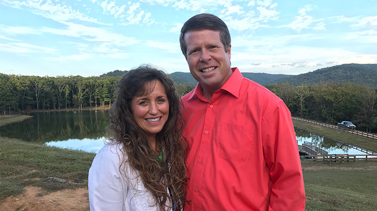 Michelle Duggar Mom-Shamed for Jinger Duggar's Snow Outfit