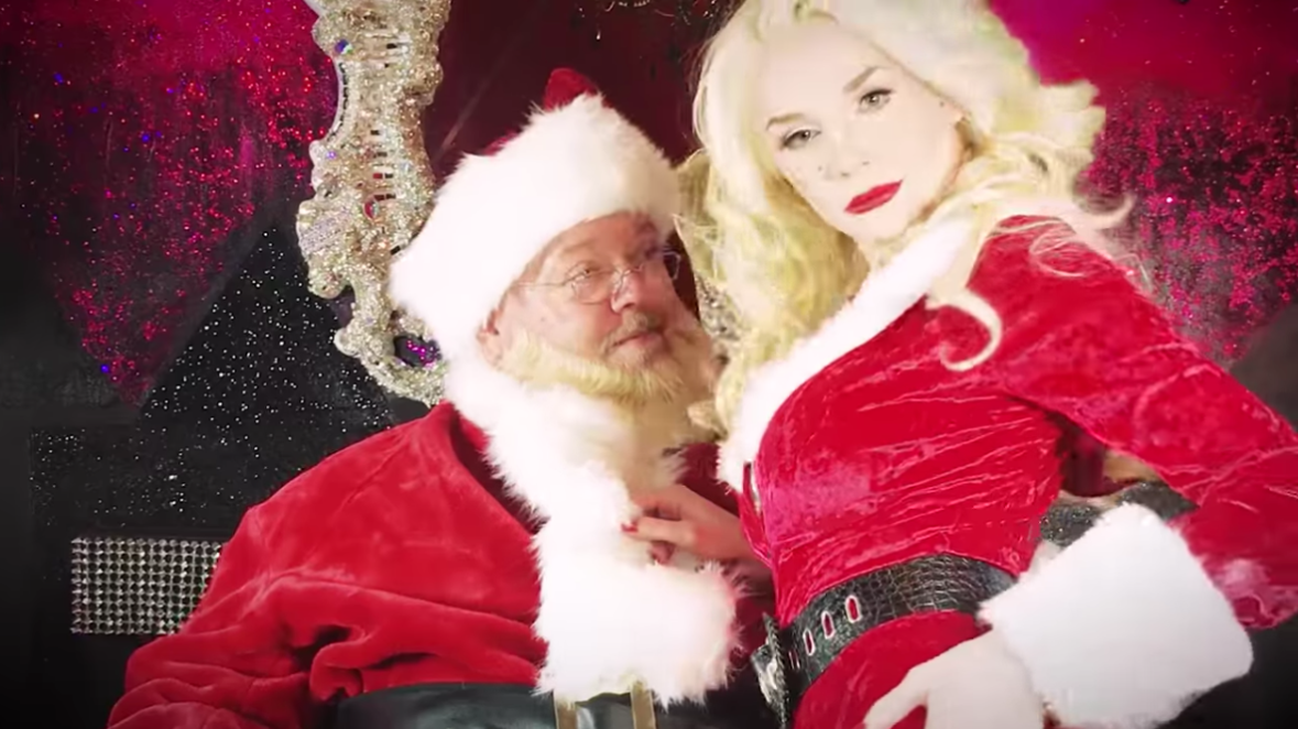 santa claus and courtney stodden