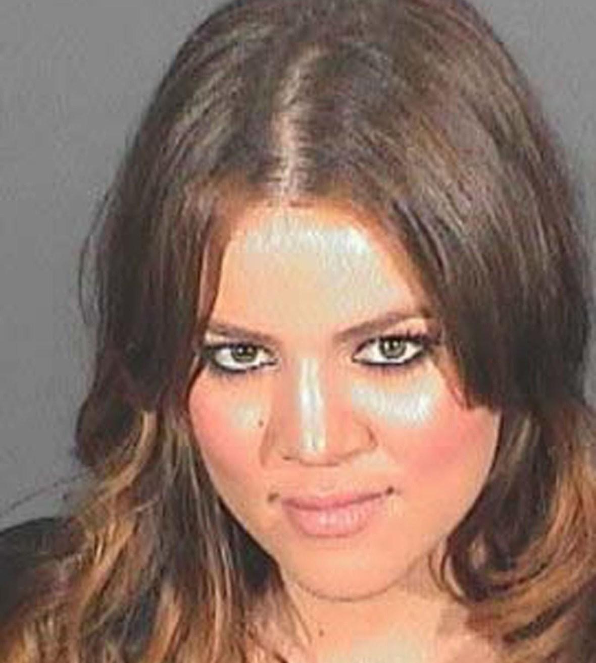 khloé kardashian mug shot splash