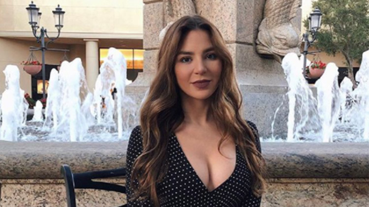 '90 Day Fiance' Alum Anfisa Nava Claps Back at Shade Over Having a 'Stripper Pole' in Her Living Room