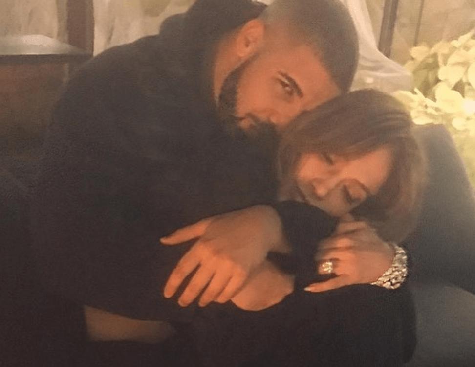 Drake Wants Jennifer Lopez Back Amid Alex Rodriguez's