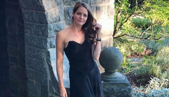 Kate stoltz amish girl dating