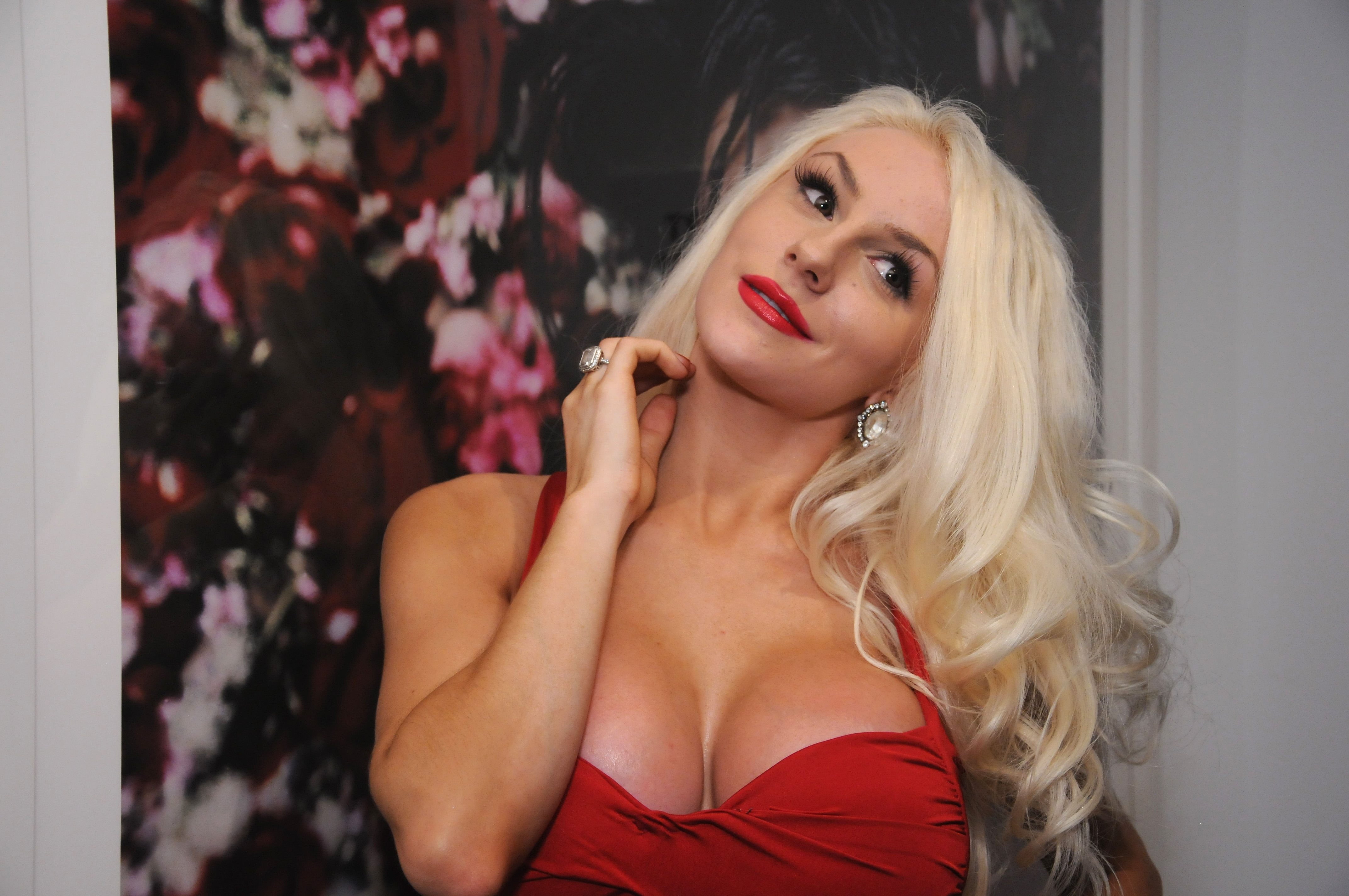 Courtney stodden shows off her boobs and butt onlyfans 5 pics video new photo