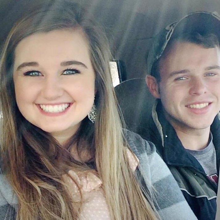 Duggar daughter dating free ecards dating
