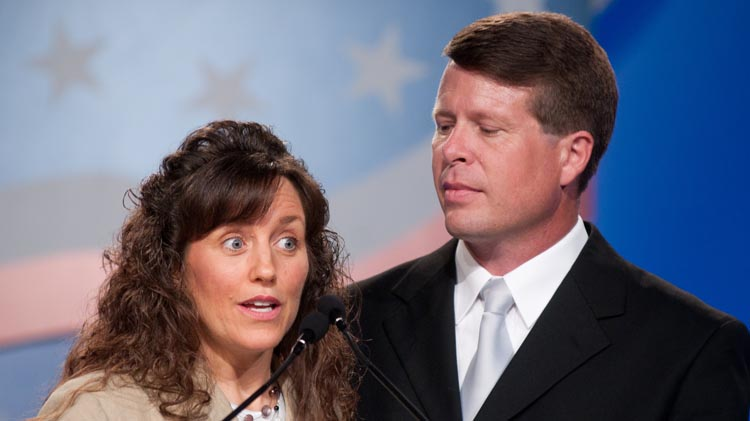 Anonymous reddit Users Details Abuse, Life in the Duggars
