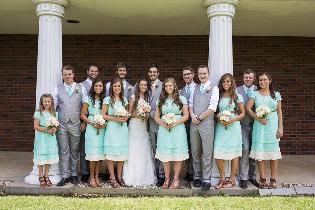 Jinger Duggar Wedding Dress.Duggar Girls Wedding Dresses See All The Beautiful Gowns