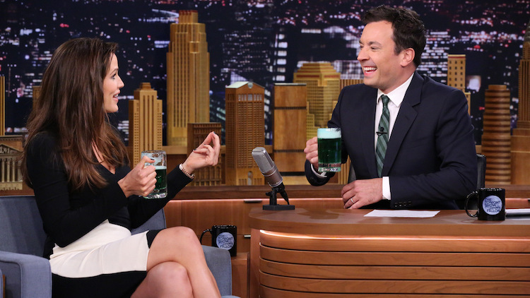 Friends Worry Jimmy Fallon S Heavy Drinking Will Take A Toll On His Marriage Exclusive