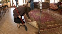 grandma-duggar-cleaning
