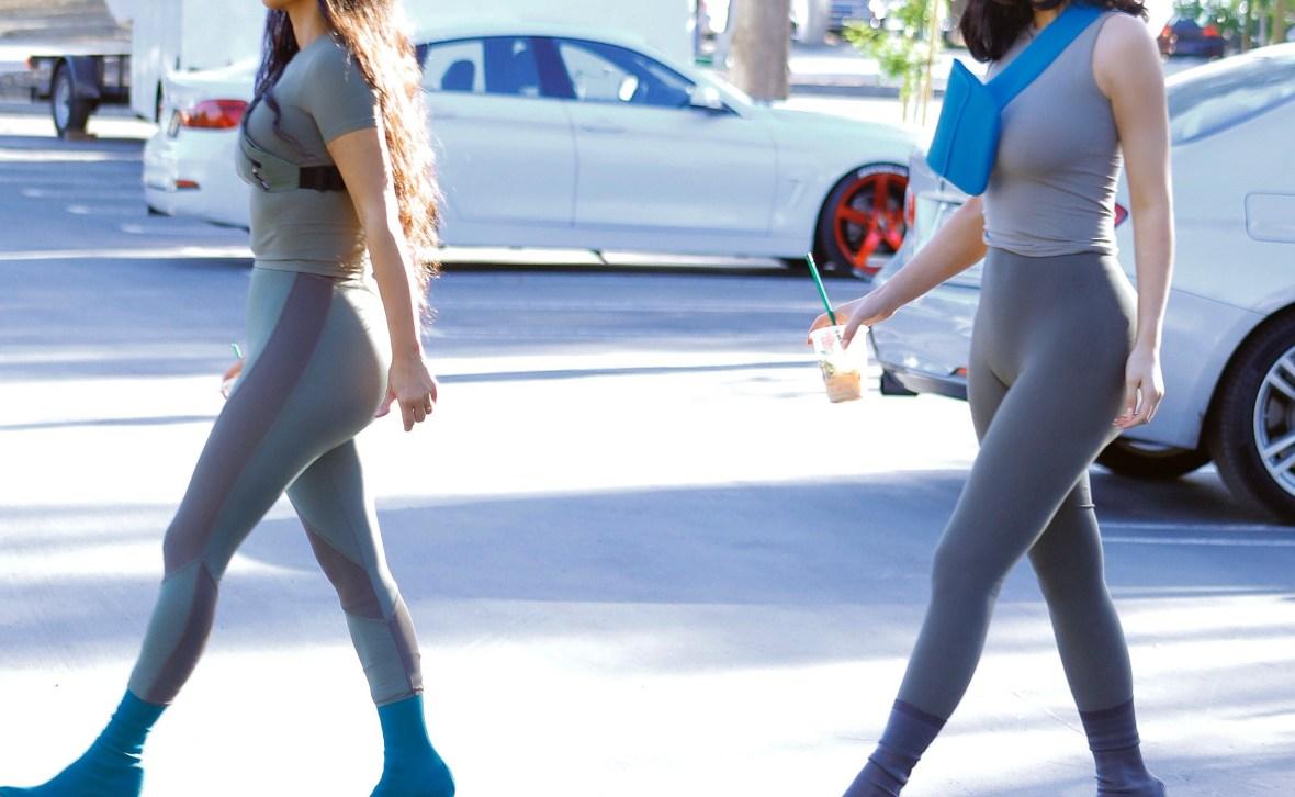 kim kardashian kylie jenner matching outfits