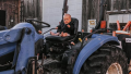 tori-roloff-jackson-roloff-tractor-pictures