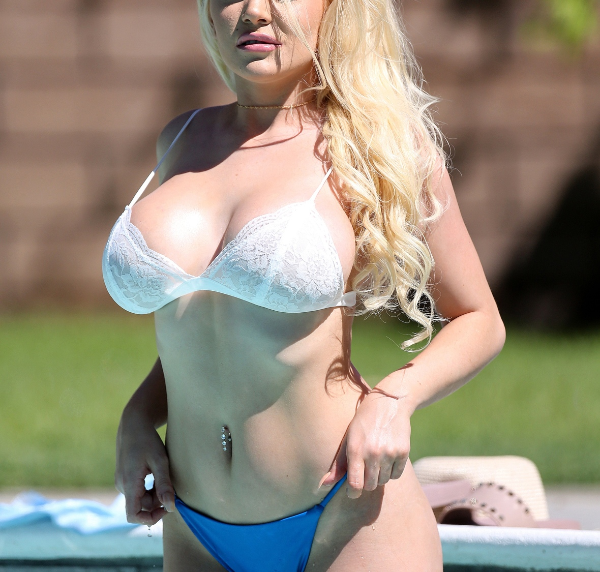 courtney stodden pool