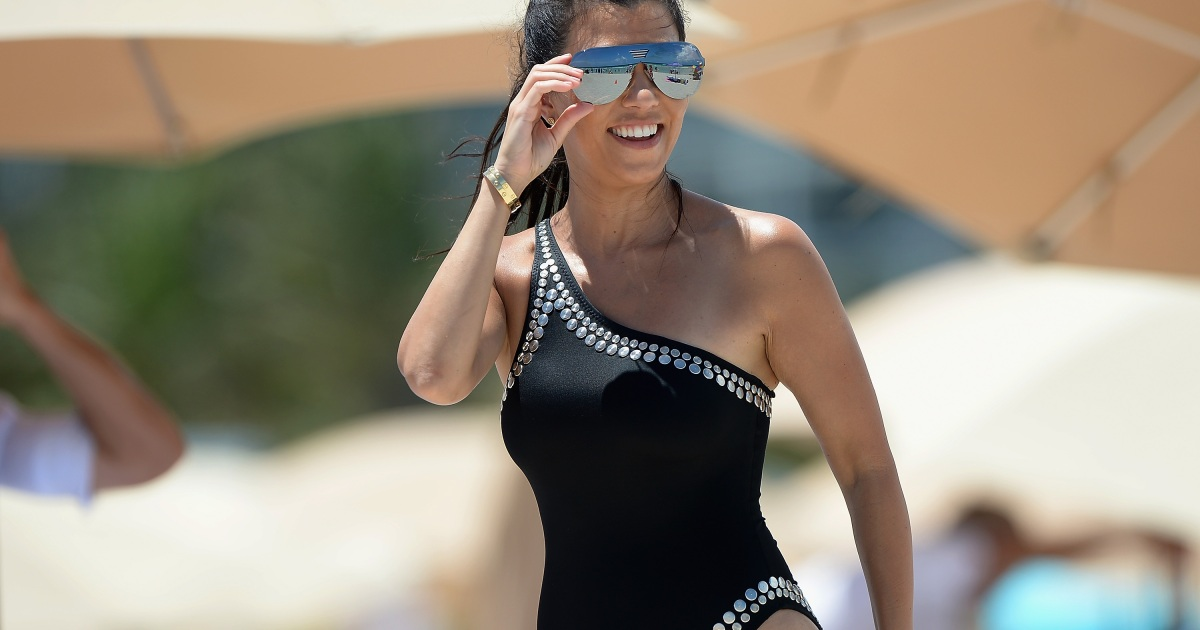 kourtney kardashian u0026 39 s body is at its best at 39 years old