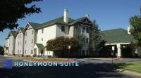 1duggar-honeymoon-suite