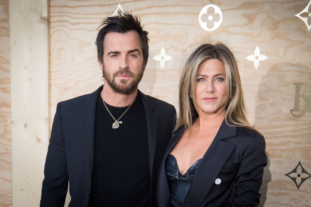 Justin Theroux and Jennifer Aniston wearing all black in France