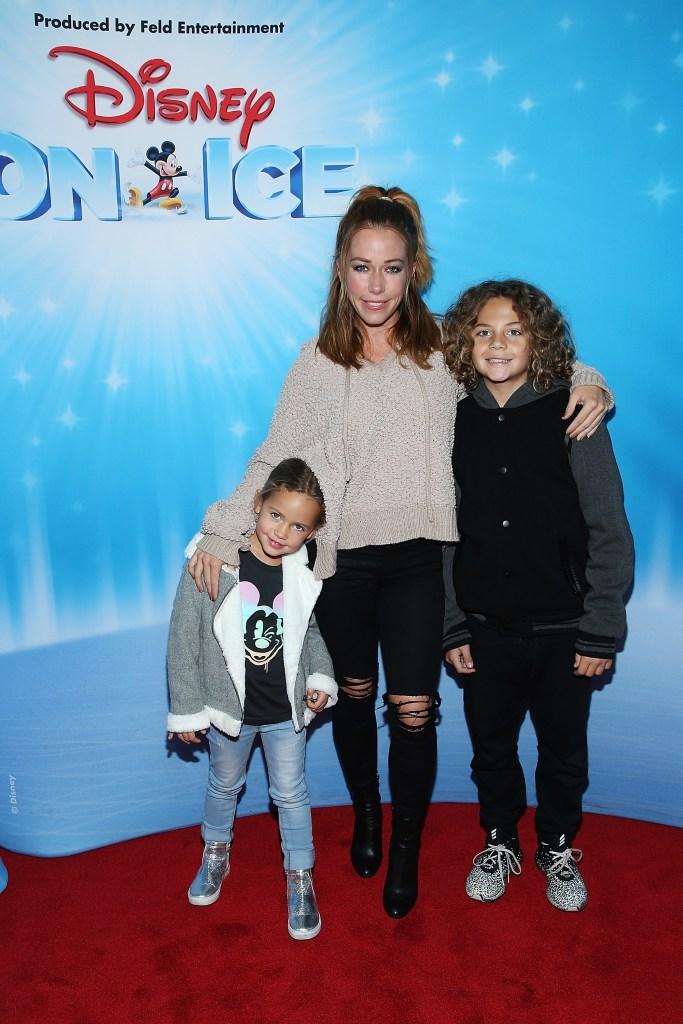 Kendra Wilkinson kids today