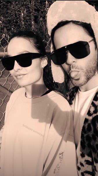 Chloe Bartoli with Jared Leto wearing sunglasses