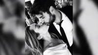 Miley Cyrus, Liam Hemsworth, Wedding, Kissing