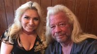 Beth Chapman Stays Positive With New Selfie Amid Chemo Treatments: '#ItsOnlyHair'