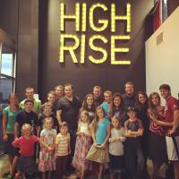 Josh Duggar Goes To High Rise With Family