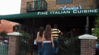Josh Duggar And His Sisters Walk Into Italian Restaurant