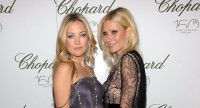 Kate Hudson And Gwyneth Paltrow Pose On Red Carpet