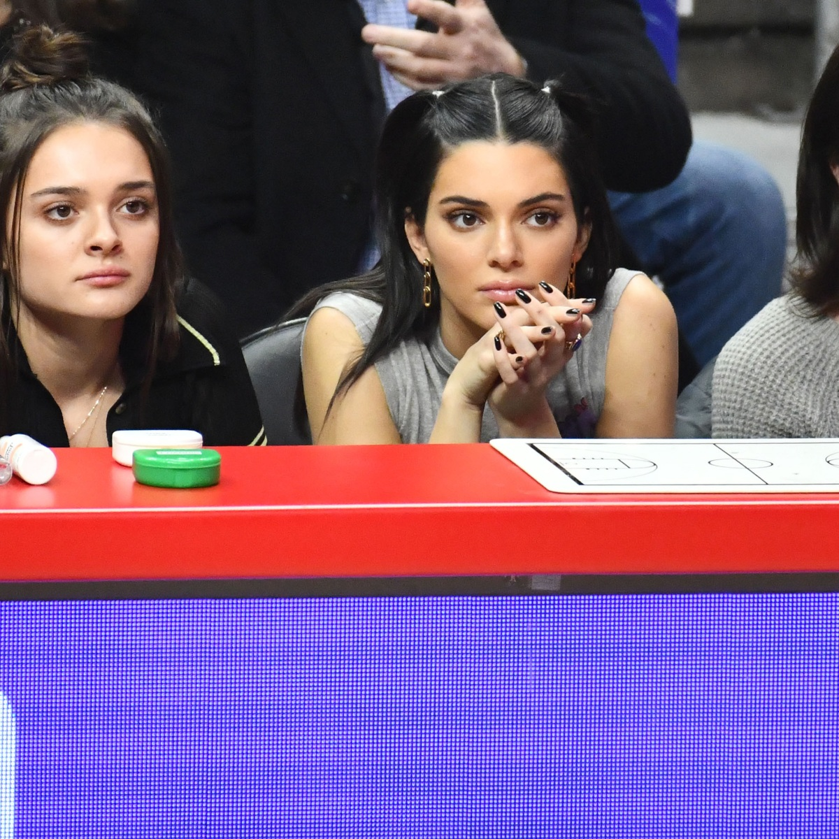 Kendall Jenner and Julie Simmons Spotted at 76ers Game: See Pic!