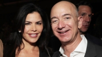 Jeff Bezos Dined With Mistress Lauren Sanchez in 2018