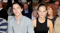 Nicholas-Hoult-and-Jennifer-Lawrence