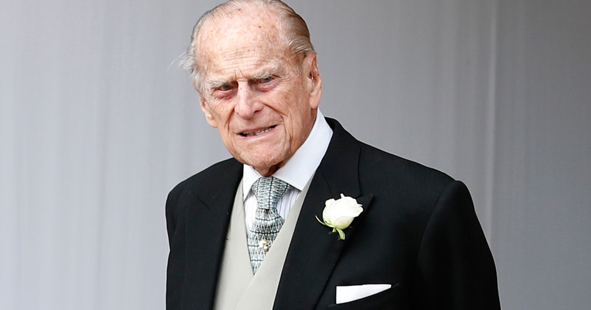 Prince Philip's Land Rover Mangled After Crash — See Pics