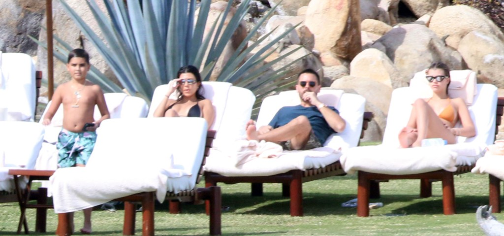 Scott Disick Lounges Poolside On Vacation With Kourtney Kardashian And Sofia Richie.jpg
