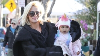 Khloe Kardashian and True at the Farmer's Market