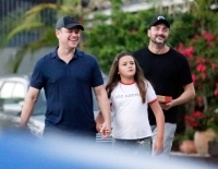 Pizza on Dad Matt Damon Takes His Rarely Seen Daughters to Dinner in Australia