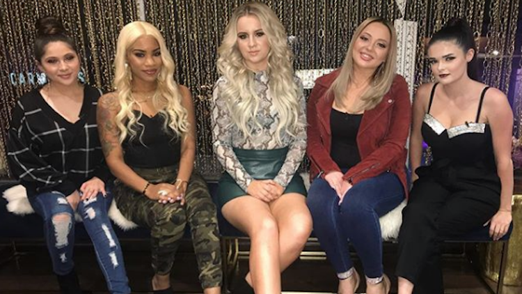 young and pregnant cast